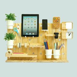 Peg-Desk Organizer